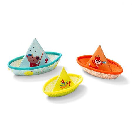 jouet dans l'eau 3 petits bateaux lilliputiens vendu par rêves de fil