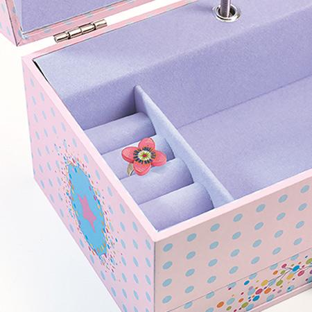 djeco jouet boite à musique cadeau de naissance vendu par rêves de fil