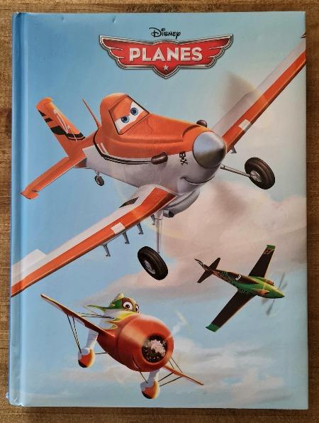 Livre jeunesse Planes vendu par Rêves de Fil.
