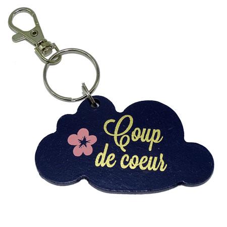 Porte clé nuage coup de cœur, vendu par rêves de fil.